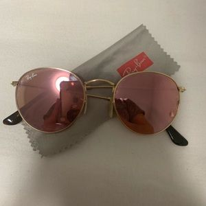 Authentic ray bans with round lense